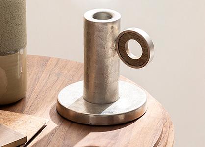 Prodotto di Coincasa RE:SPECT realizzato con alluminio riciclato